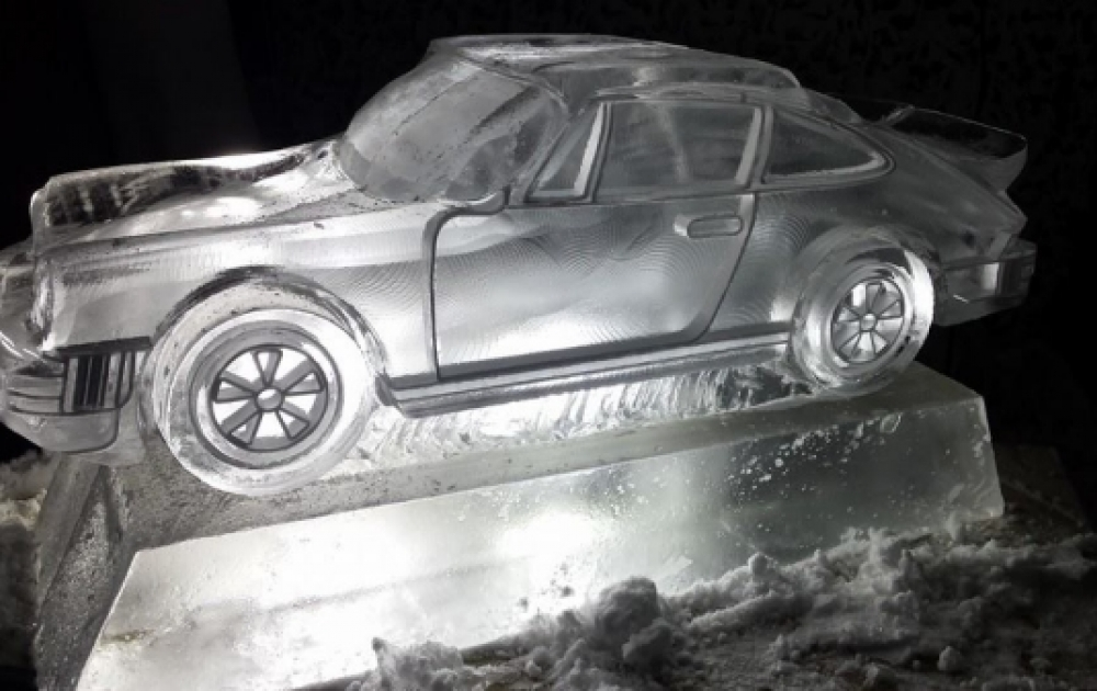 Porsche 911 Vodka Luge from Passion for ice